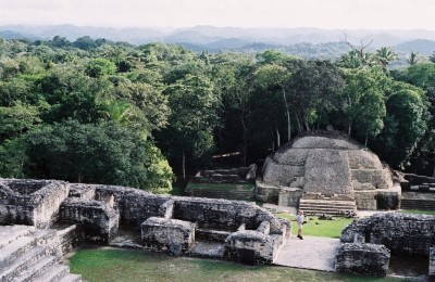 belize caracol ruins