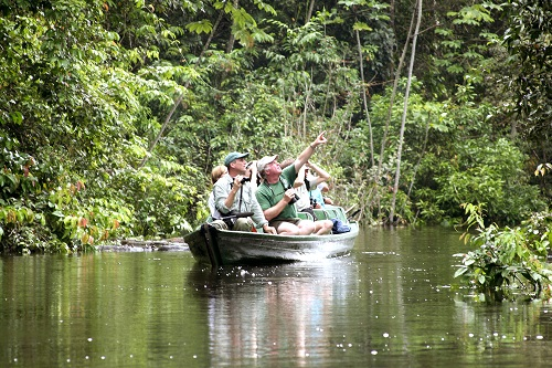 brazil amazon travellers canoe